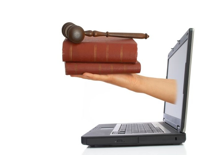 justice-proces-internet-reglement-litige