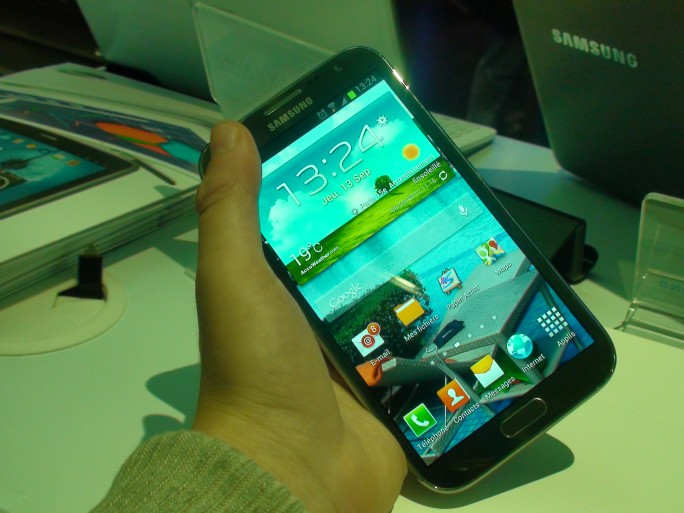 Samsung Galaxy Note 2 smartphone Android