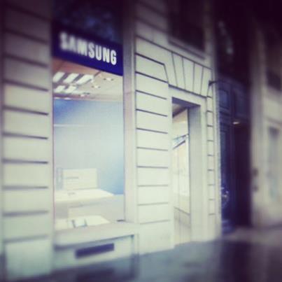 samsung-store-paris-galaxy