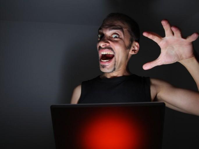 cyber-attaque-spamhaus-ddos-assaut-fin-internet