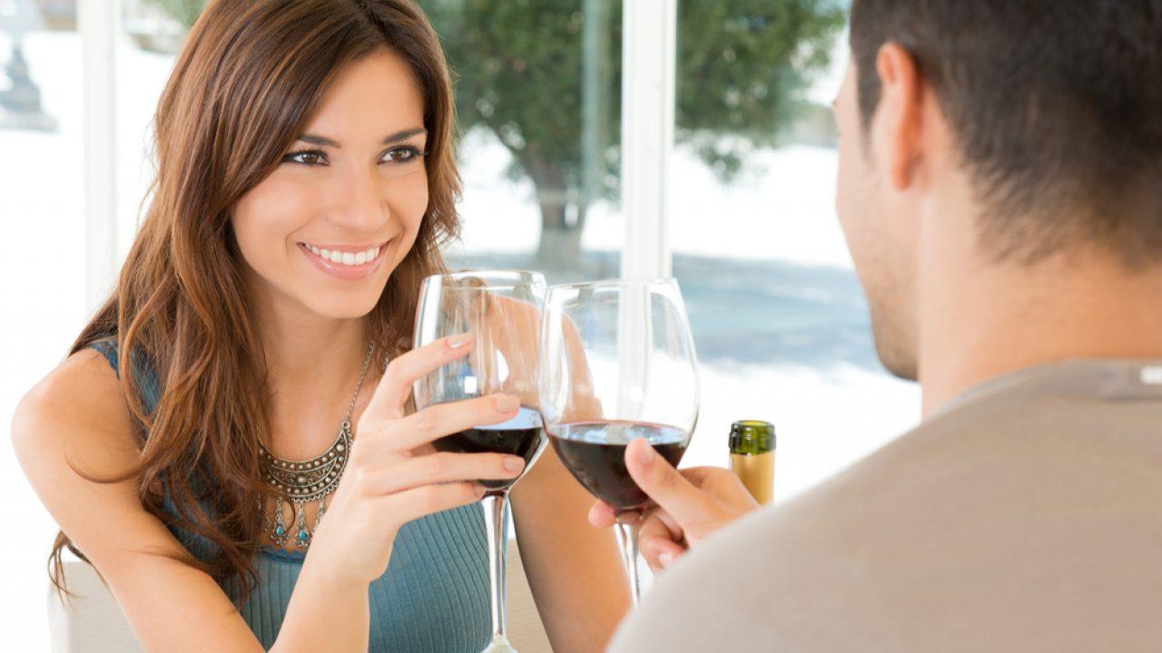 Rencontres En Ligne Meetic Se Met En Couple Avec Pastas Party