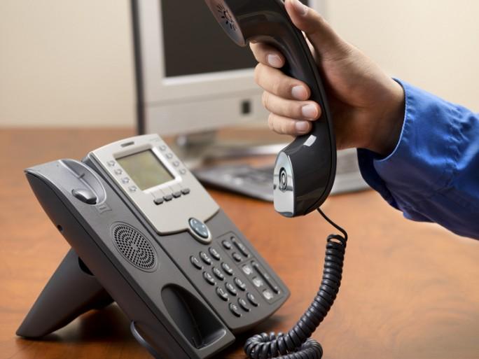 checkphone-fraude-deni-service-telephonique-stephane-choquet