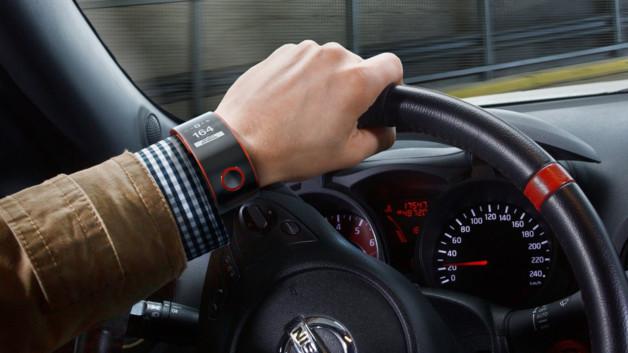 nissan-nismo-smartwatch-montre-intelligente