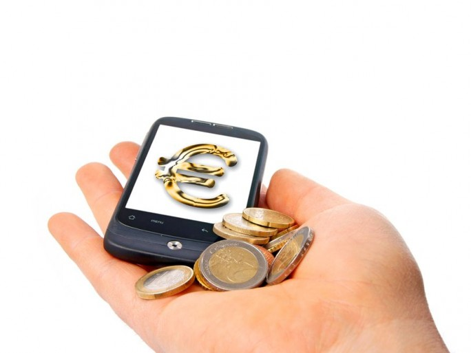 taxe-smartphone-repoussee-2015