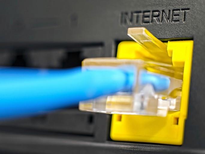 offres-internet-cadrage-gouvernement-surenchere-operateurs-debit