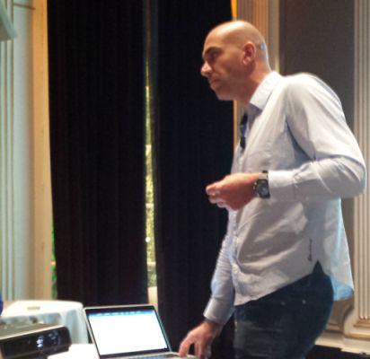 loic-le-meur-session-leweb-paris-2013-presentation
