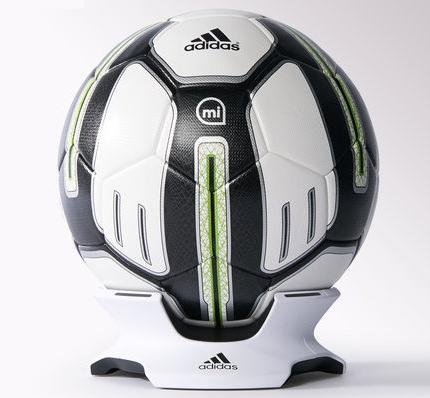 adidas-micoach-ballon-connecte