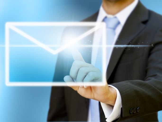 transformer-emailing-outil-conquete-clients