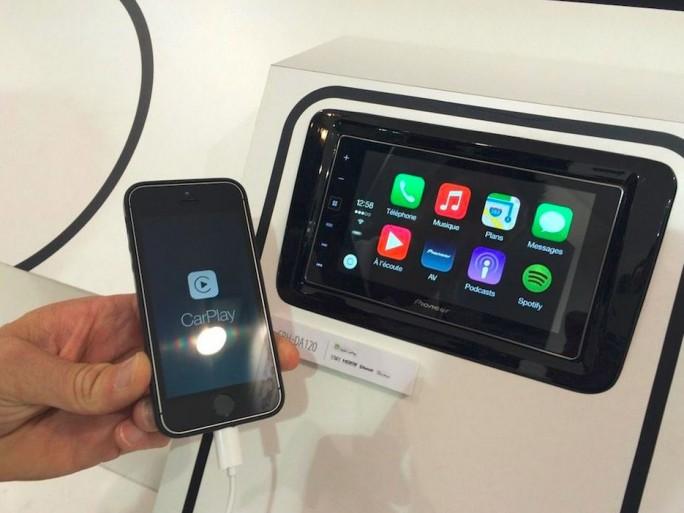 carplay-apple-iphone-automobile-connectee-mondial