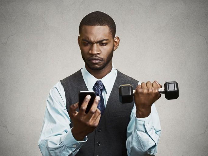 qualite-services-mobiles-4G-3G-UFC-que-choisir-relève-carences-opérateurs