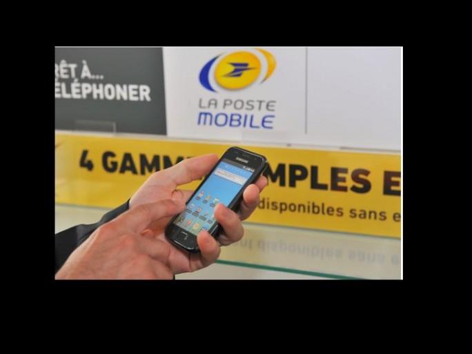 la-poste-mobile-4G-forfait-prix-brades