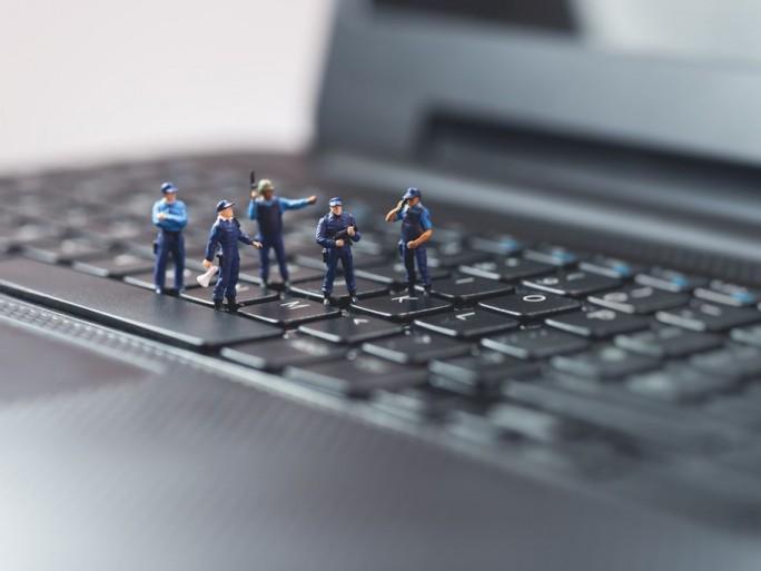 haine-internet-gouvernement-cooperation-GAFA