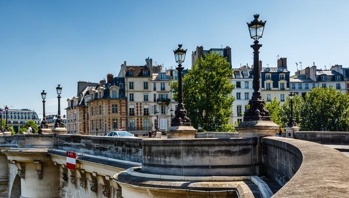 paris-april