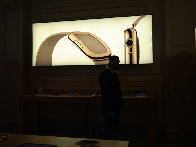 apple-watch-sortie-apple-store-opera