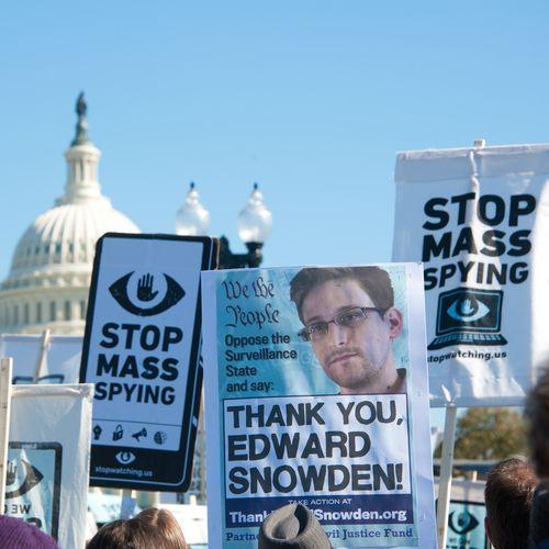 cyber-surveillance-collecte-massive-données-téléphoniques-NSA-illegale