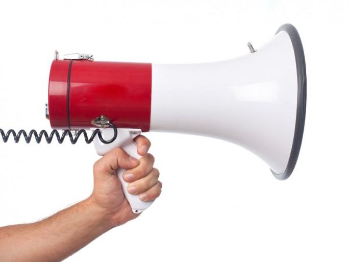 appel-greve-cgt-sfr-numericable-centres-appel-risques-delocalisation