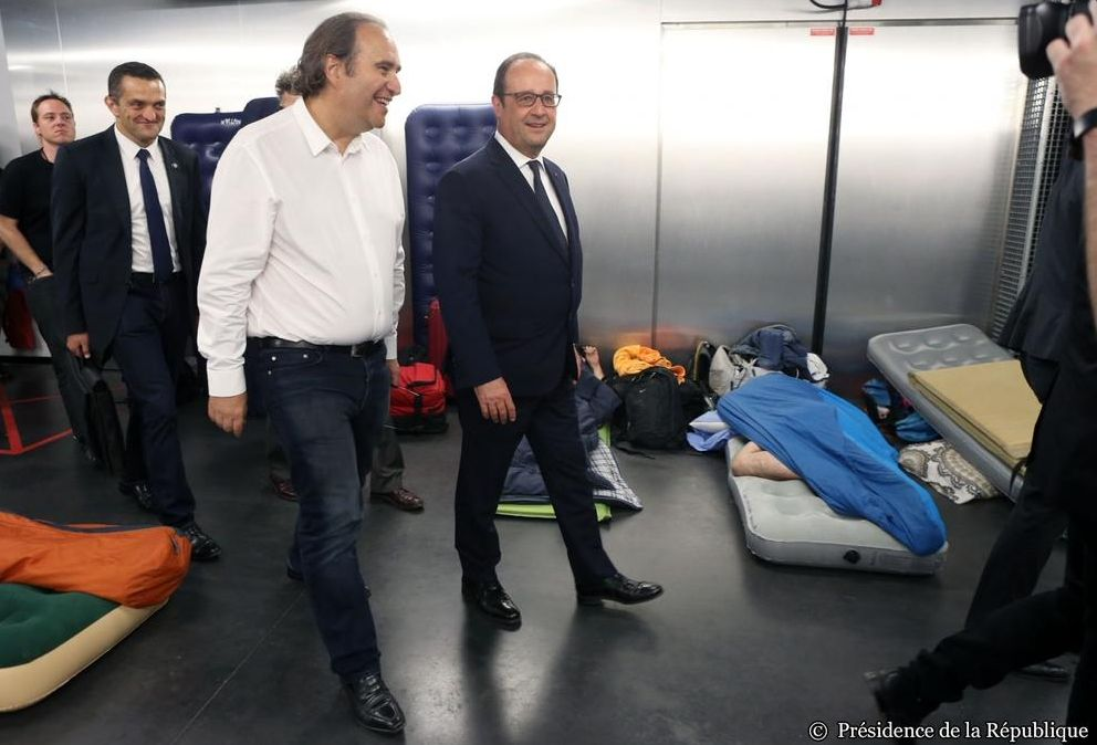 photo-francois-hollande-ecole-42-officielle