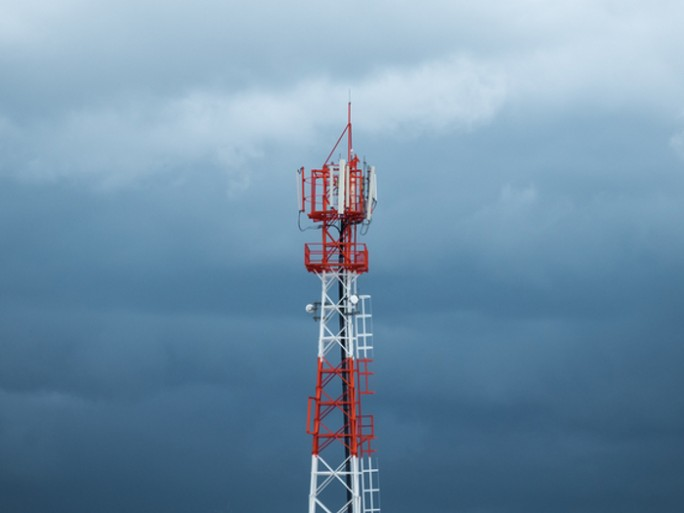 700-mhz-encheres