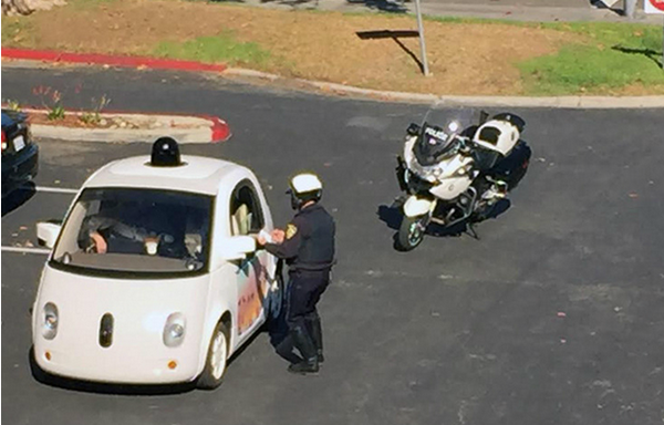 La Google Self-Driving Car pris en flagrant délit d'excès de lenteur Copyright : Google