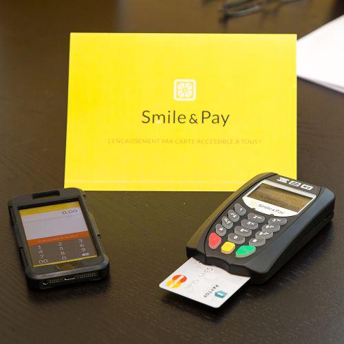 smile&pay-epaiement-mini-TPE-entrepreneurs-OK