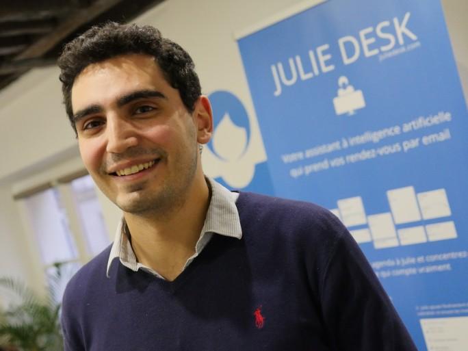 Julien Hobeika - JulieDesk - light