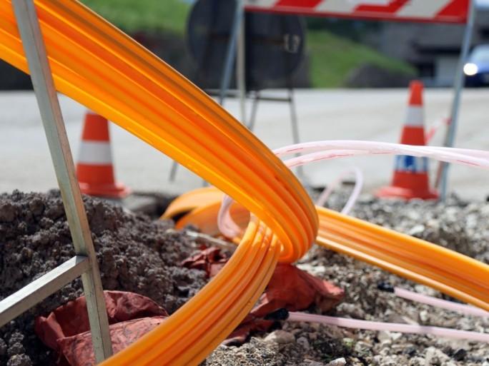 fibre-cable-gouvernement-siffle-fin-recre