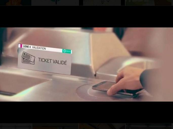 passe-navigo-dematerialisation-smartphone-carte-bancaire