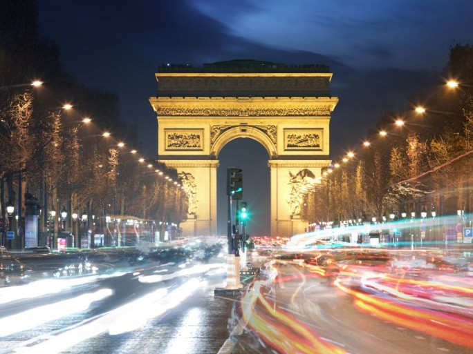 champs-elysees-wifi-JCDecaux
