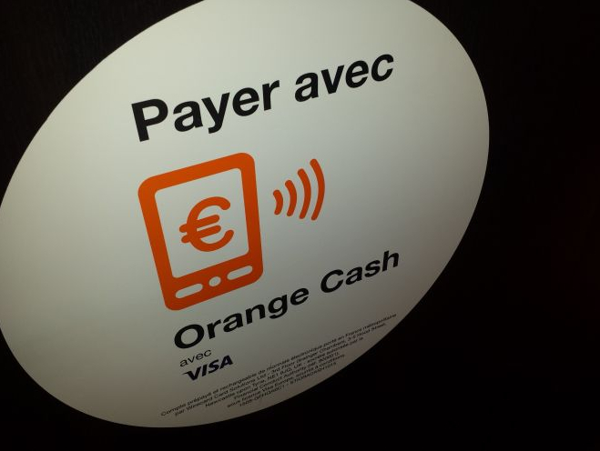 orange-cash-apple-pay