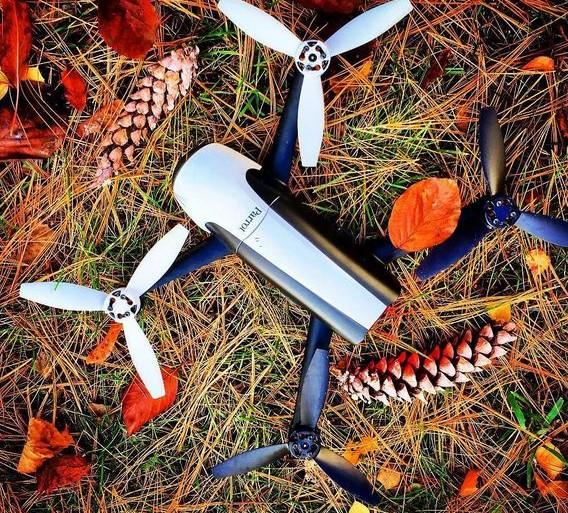 Drones : l'État lance une carte des zones interdites de survol