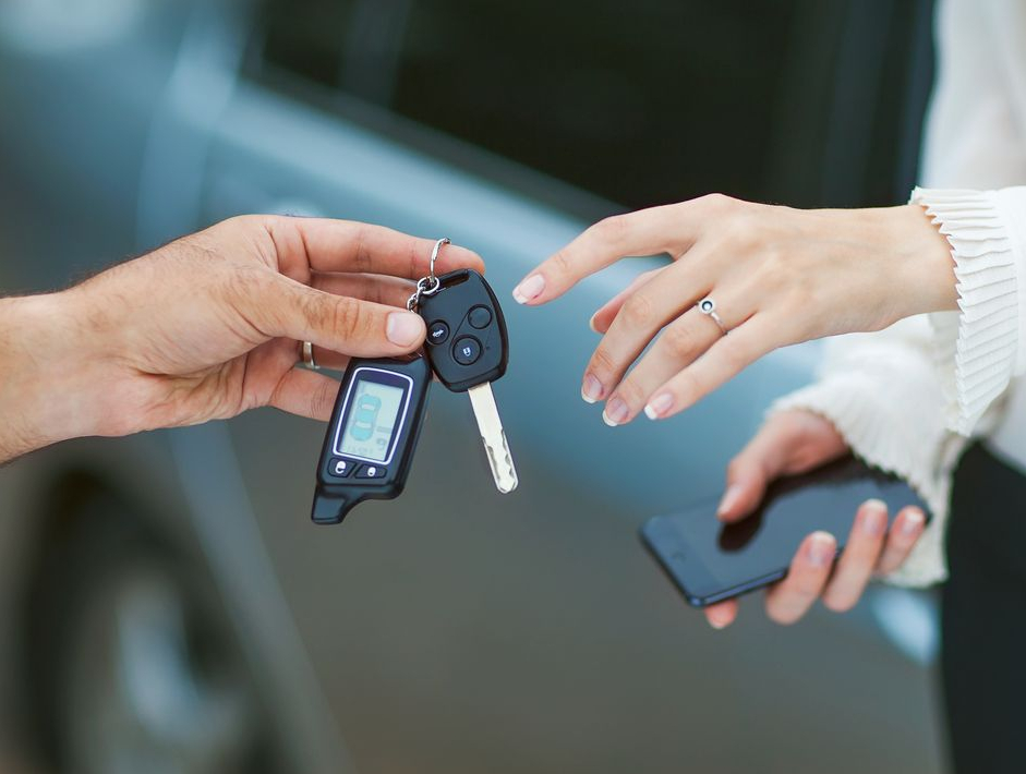 PSA met ses billes dans autobiz, qui propose des outils d'aide à la décision pour les professionnels du secteur automobile.