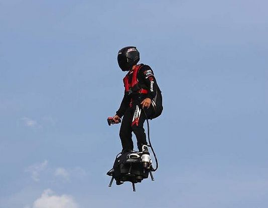 flyboard-air-innovation-justice-france