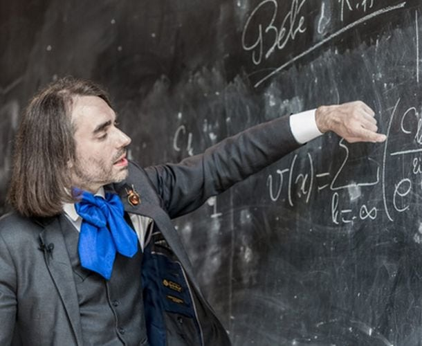 cedric-villani-mission-intelligence-artificielle