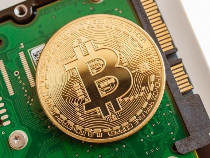 bitcoin-10-000-dollars