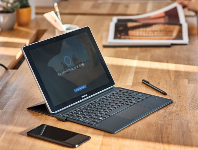 Microsoft va-t-il séparer Windows et Cortana ?